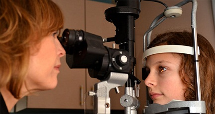 quienes sufren de miodesopsias o moscas en los ojos
