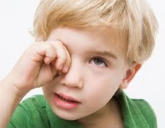 miodesopsias-en-niños-como-se-curan